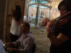 cantante lirica, organista, violinista